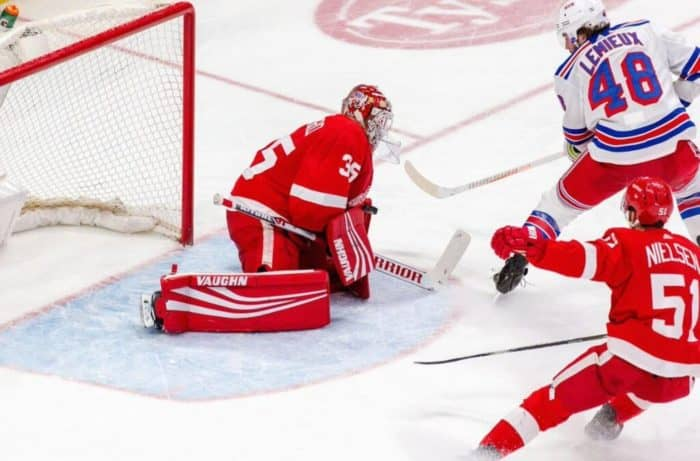 Прогноз на хоккейный матч «Рейнджерс» — «Детройт», 7.11.2019 в 4:00 по мск